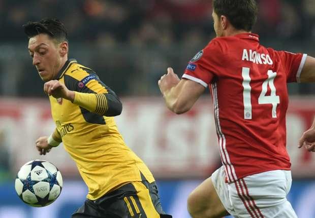 """Arsenal, (Agent) : Seul Özil est critiqué, mais le football est un sport d'équipe"""""""