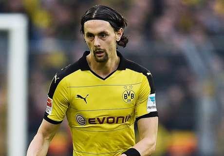 Subotic anuncia que deja el Borussia