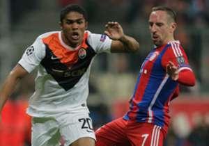 Mit Douglas Costa hat Bayern München einen weiteren Brasilianer verpflichtet. Er ist lange nicht der erste in der Historie der Münchner. Wir haben einen Blick auf die bisherigen brasilianischen Bayern-Spieler geworfen.