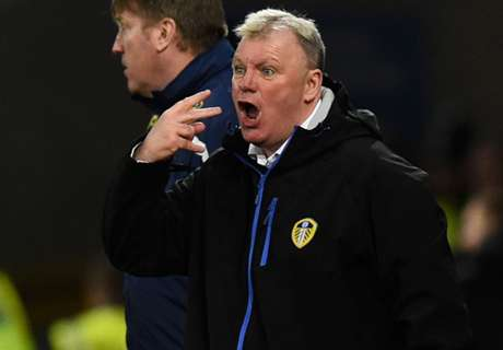 Leeds sucht wieder neuen Trainer