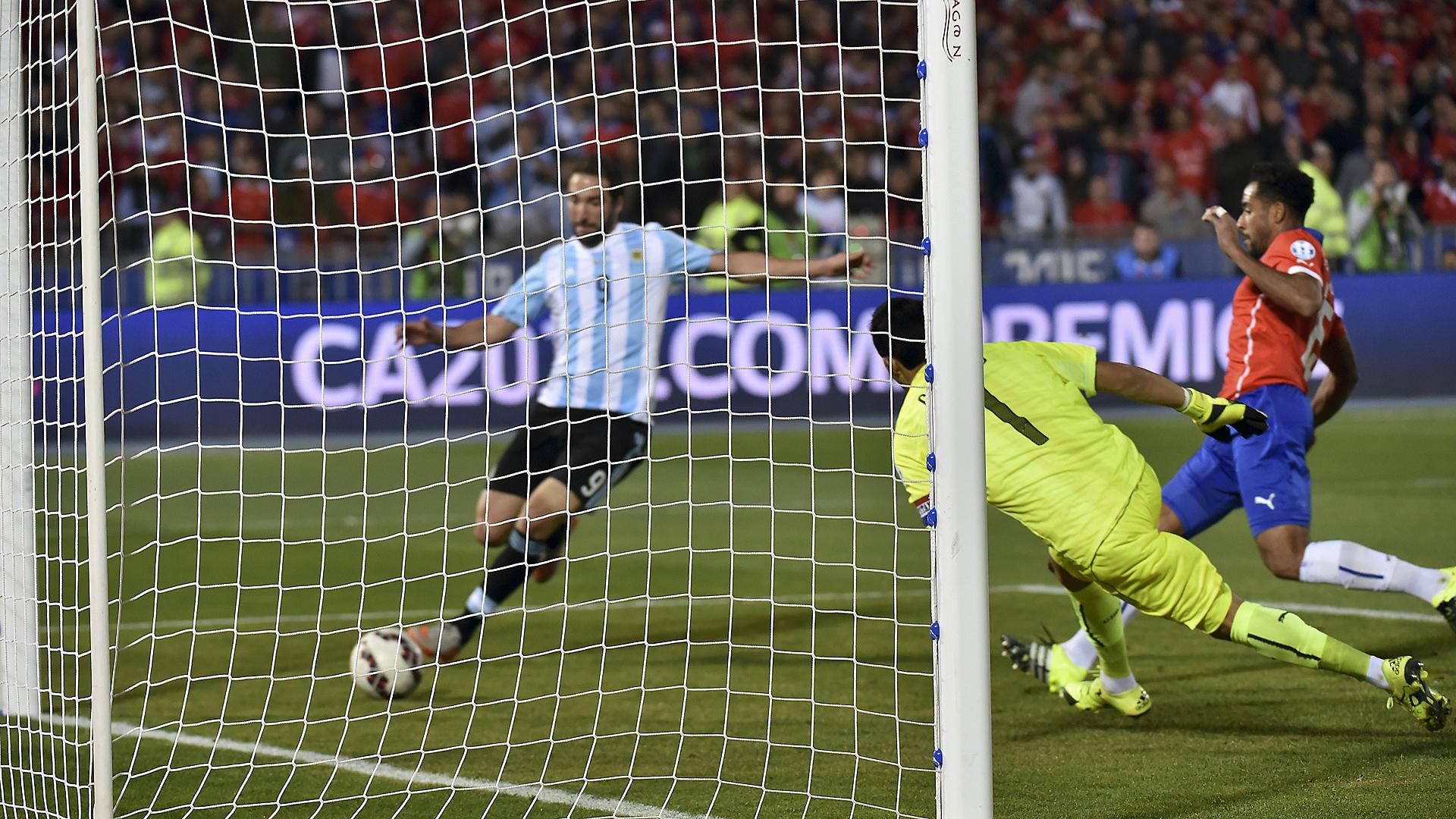 Higuain Argentinia Chile Copa America 07042015