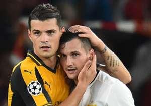 Am 2. Spieltag der Champions League trafen die Brüder Taulant und Granit Xhaka mit Basel und Arsenal aufeinander. Goal hat sich dies zum Anlass genommen und einen Blick auf weitere Erstliga-Brüderpaare geworfen.