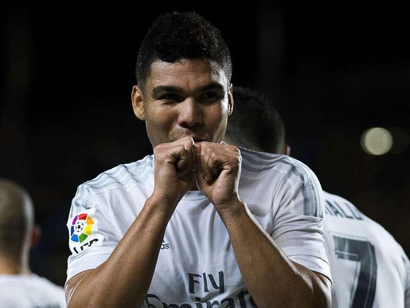 Real Madrid terá Casemiro como titular no clássico contra Barcelona