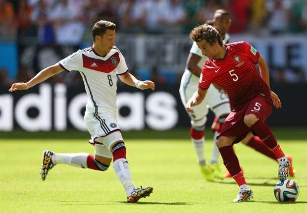Ozil tampil membela Jerman kontra Portugal