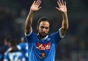 3. GONZALO HIGUAIN | Napoli ke Juventus | 2016 | €90 juta