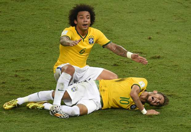 Momento de la lesión de Neymar