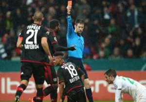 Bayer Leverkusens Wendell kassierte gegen Werder Bremen nach 41 Minuten die Rote Karte