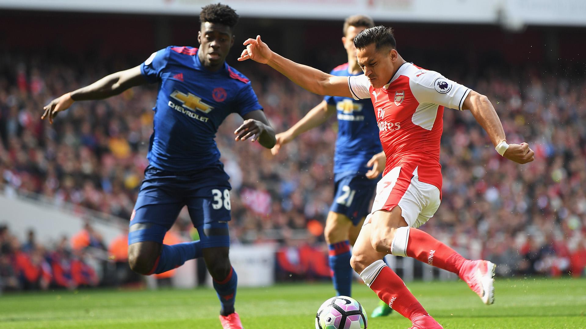 alexis sanchez arsenal manchester united premier league 050717