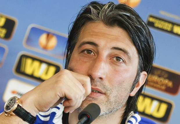 FC-Basel-Coach Murat Yakin muss sich gegen den FC Valencia etwas einfallen lassen