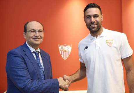 OFFICIAL: Sevilla sign Sirigu on loan