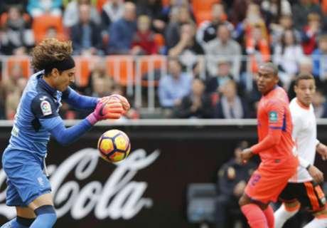 Valencia Tertahan Di Mestalla
