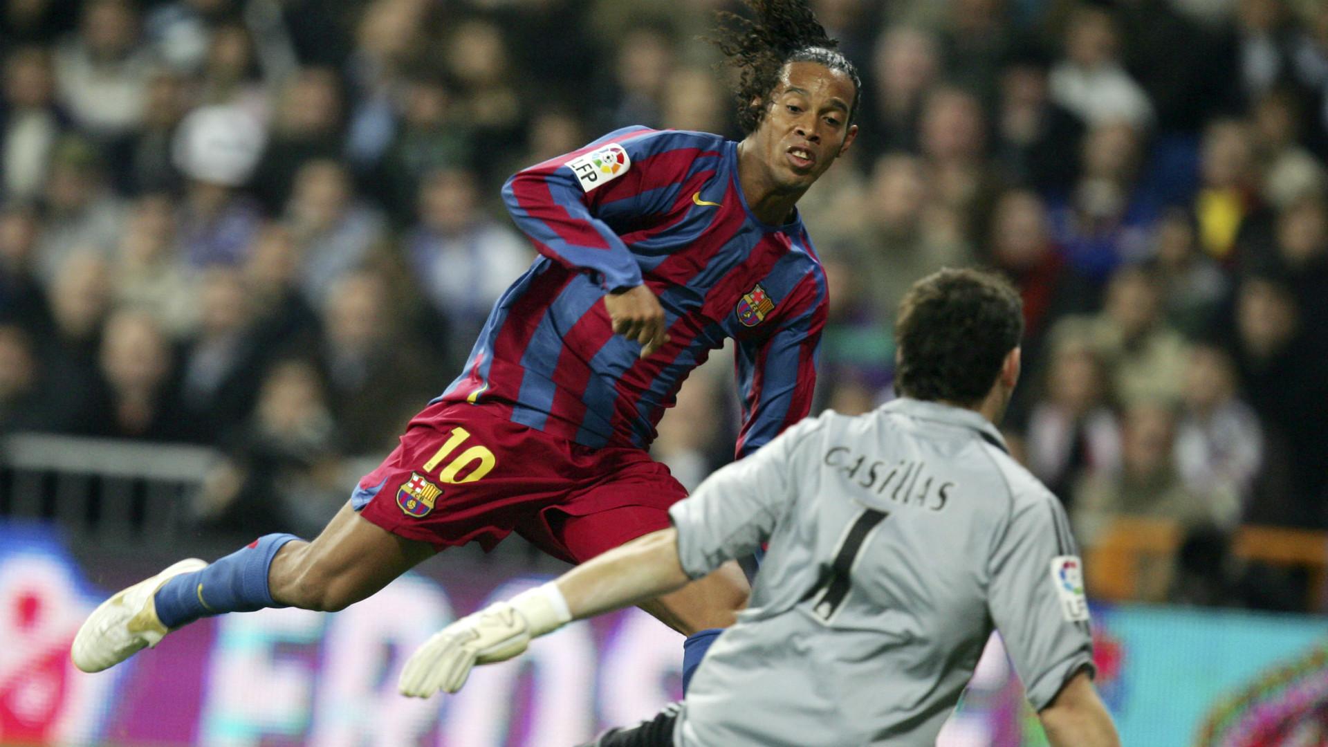 Ronaldinho Iker Casillas Real Madrid Barcelona 11192005