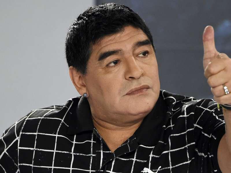 Maradona se entrena con todo en Dubai