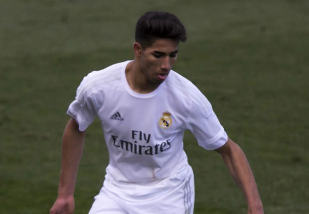 El Alavés buscará la cesión de Achraf, prometedor defensor del Real Madrid