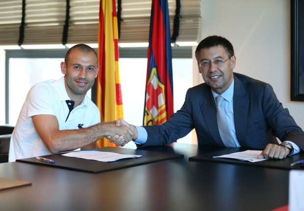 Mascherano reveals 'renewed ambitions' after signing new Barca deal