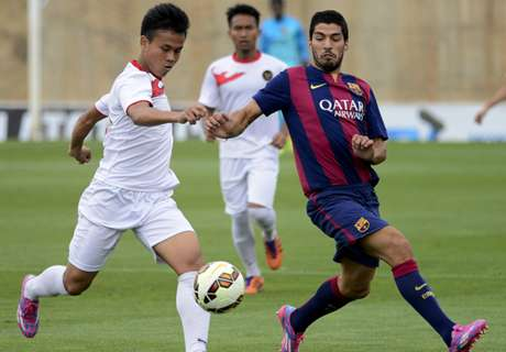 Watch Suarez's double for Barca B
