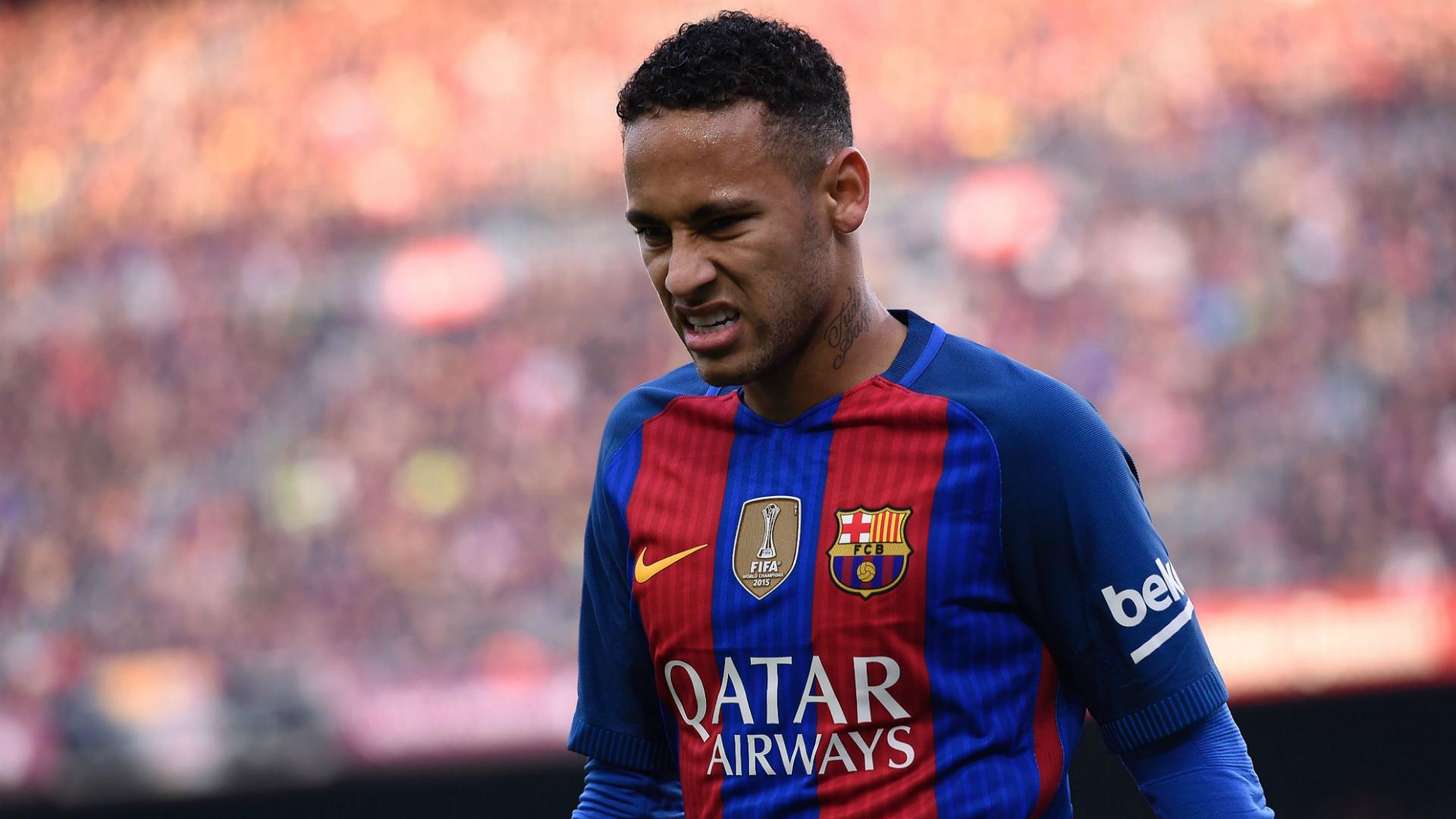 le bar u00e7a annonce une petite blessure pour neymar