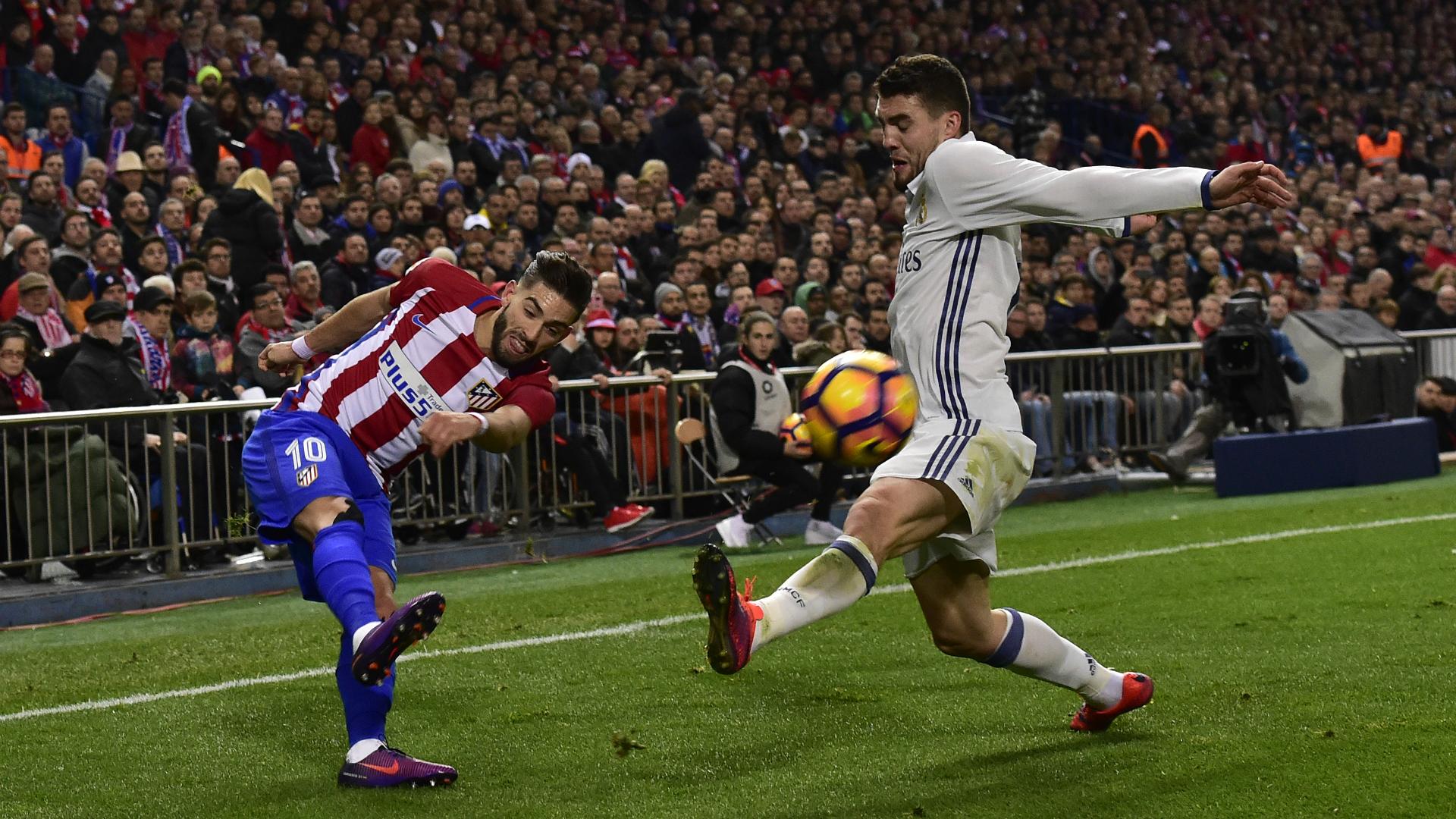 Real Madrid, brutte notizie per Zidane due calciatori fuori un mese!