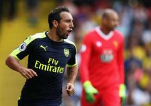 BELLERIN, MONREAL & CAZORLA | ARSENAL | Los tres fueron titulares en la victoria ante el Watford. El centrocampista asturiano abrió el marcador para los de Wenger al transformar un penalti