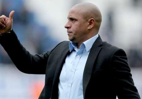 R. Carlos recebeu apoio de Mourinho