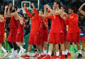 La mejor camada del basket español ha logrado de nuevo otro metal. En esta ocasión el bronce ante Rusia en el Europeo. Una generación irrepetible comandada por los hermanos Gasol. En Goal nos hemos propuesto repasar los grandes logros del deporte españ...