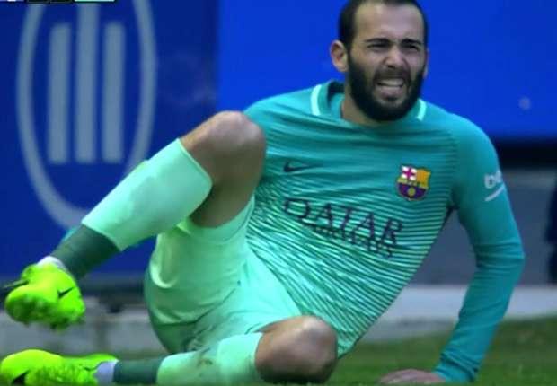 وكيل فيدال يحسم مستقبله مع برشلونة -