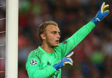 Cillessen, titular en el Rostov - Ajax