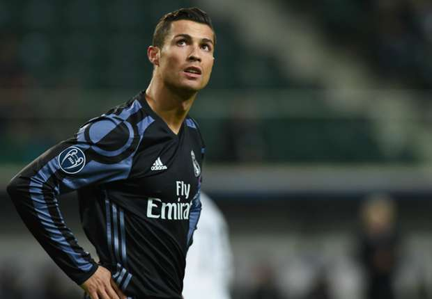 Ronaldo set to sign new Real Madrid contract