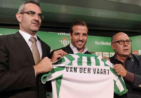 Van der Vaart: I want to win La Liga