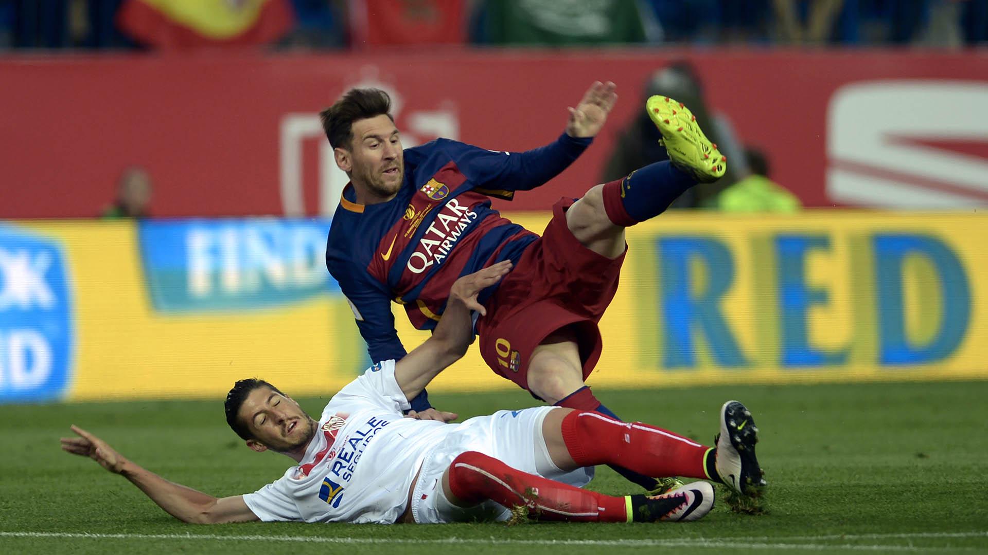 Lionel Messi Grzegorz Krycowiak Barcelona Sevilla 22052016