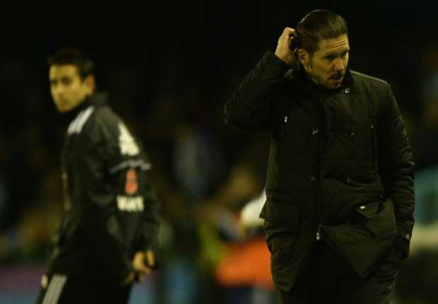 Diego Simeone (r.) musste sich über seine Mannschaft ärgern