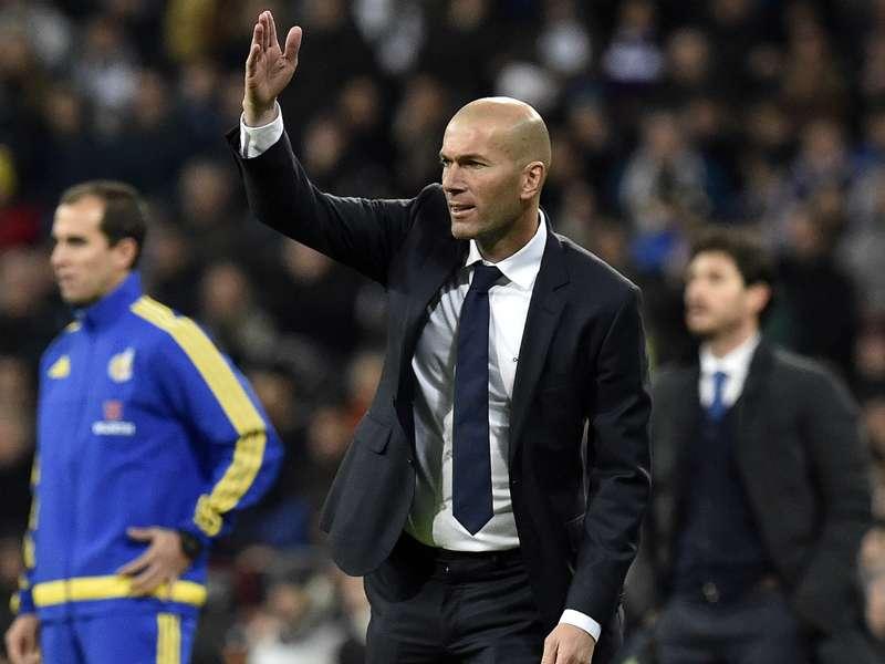"""Real Madrid, """"une sanction absurde"""" pour Zidane"""
