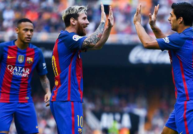 Valencia 2-3 Barcelona: Messi fires home from spot to down tenacious Che