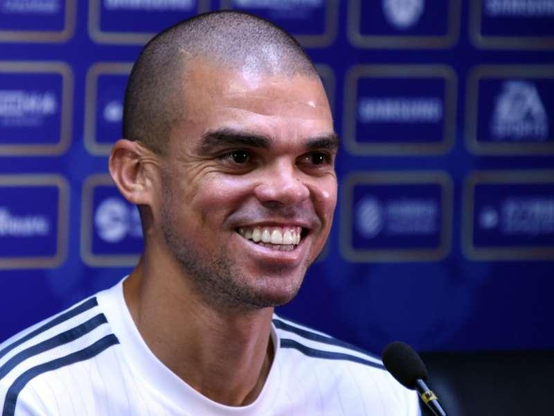 Pepe: Estoy seguro de que Sergio Ramos se va a quedar en el Real Madrid