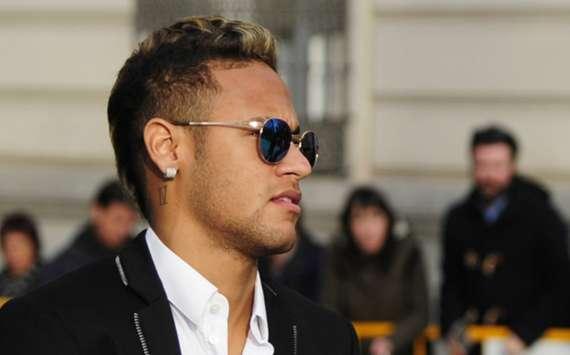 Betrug? Neymar äußert sich vor Gericht