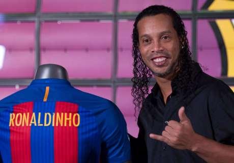Ronaldinho gets hilarious handshakes