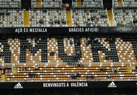 Fans Valencia Kosongkan Mestalla