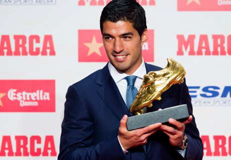 Luis Suarez Raih Golden Boot 2016