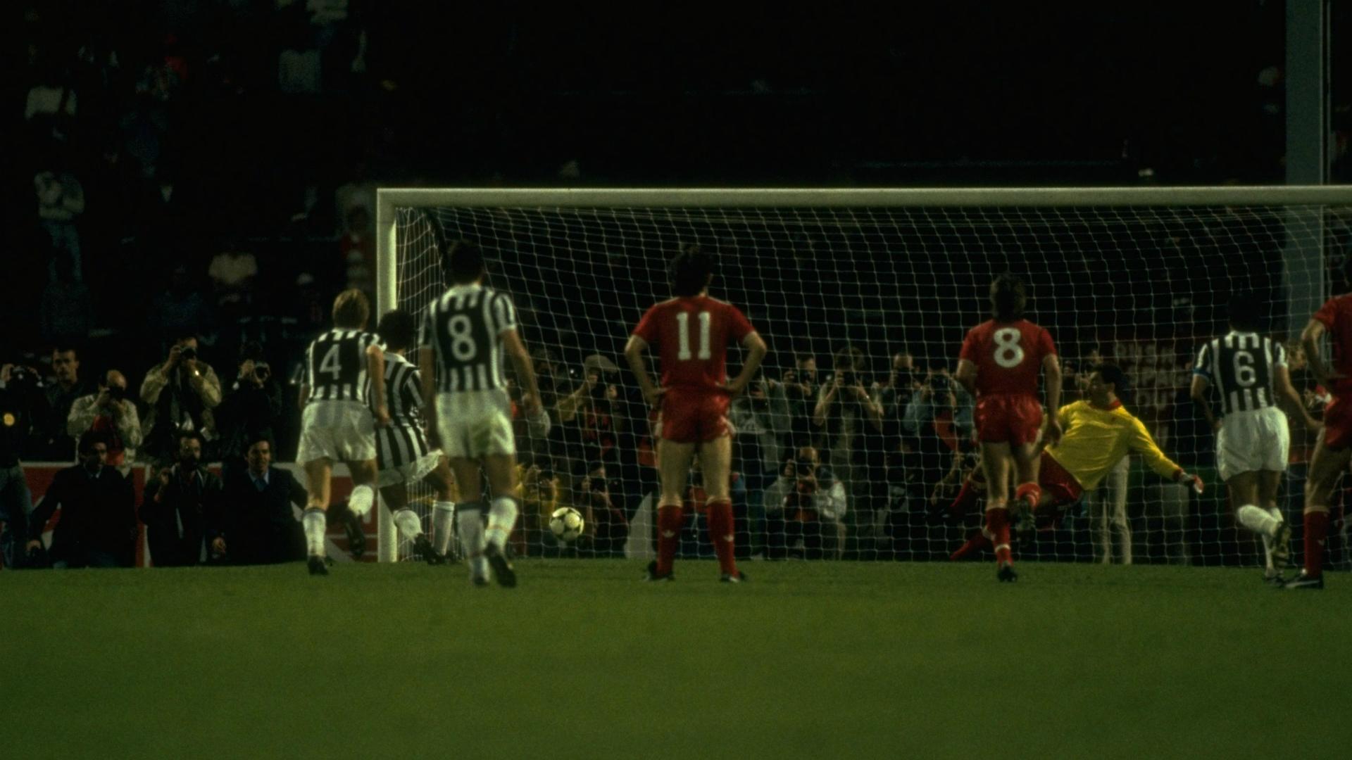 Michel Platini Juventus Liverpool Champions League 1985