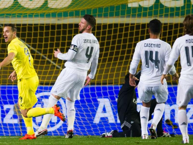 Liga, 15ª giornata - L'Atletico Madrid aggancia il Barcellona in vetta, Real Madrid ko