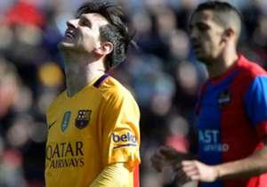 Lionel Messi (l.) wurde im Januar zum fünften Mal zum Weltfußballer gewählt