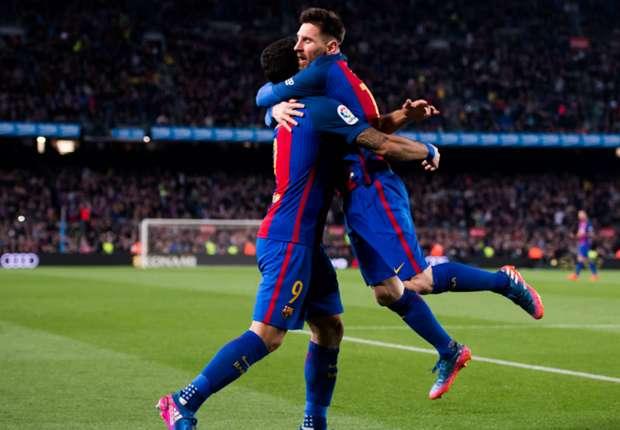 """El desesperado pedido de Suárez a Messi: """"Me tienes que enseñar"""""""