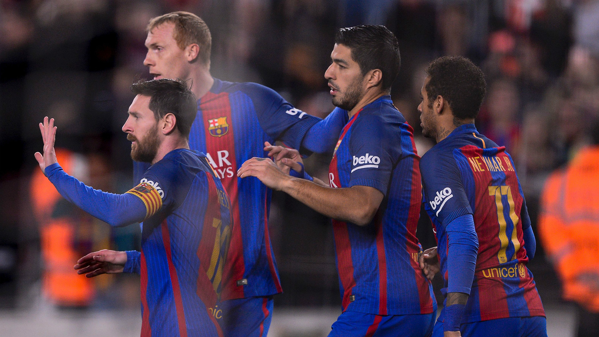 Suarez: We Barcelona, can overturn the result