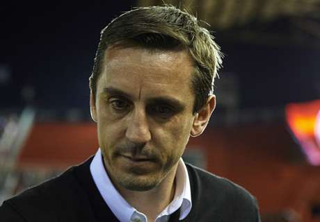Moyes warns Neville over expectations
