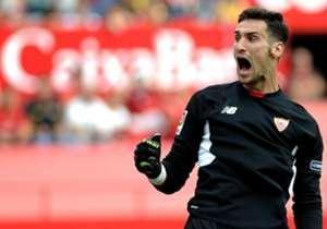 Sergio Rico (Seville) - Le portier du FC Séville a grandement contribué au score et vierge décroché par les Andalous à Villarreal.