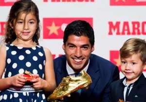 Luis Suárez se metió en el círculo de cracks que consiguieron ser goleadores absolutos en más de una temporada.
