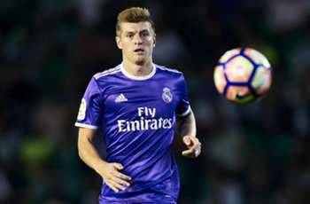 VIDEO: Real Madrid's Toni Kroos shows off finishing skills in training