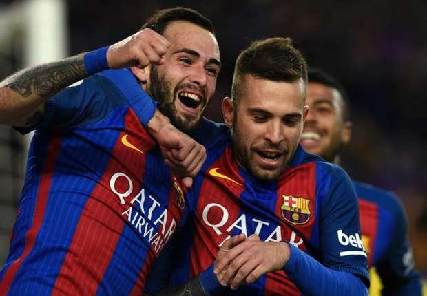 برشلونة يكشف موقف أليكس فيدال في سوق الانتقالات -