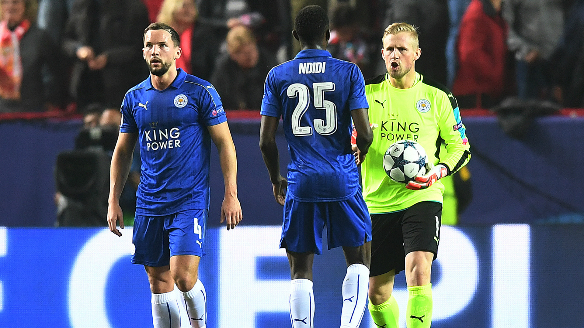 Ndidi Kasper Schmeichel Sevilla Leicester Champions League
