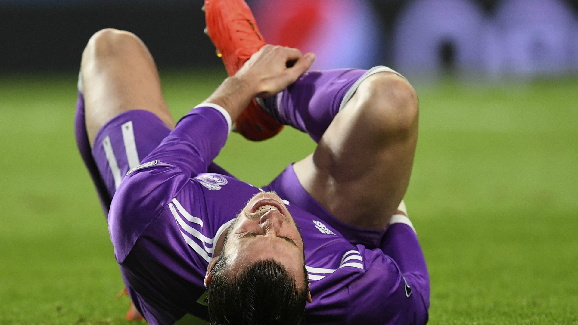 Bale chấn thương là tin buồn đối với HLV Zindane